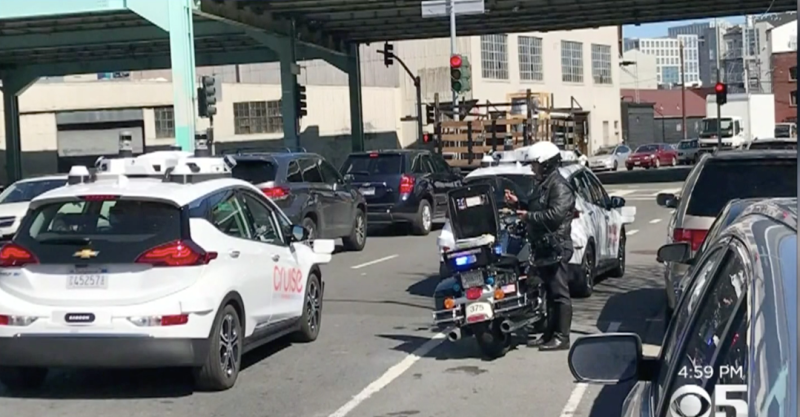 Motorcycle cop tickets a self-driving car in San Francisco