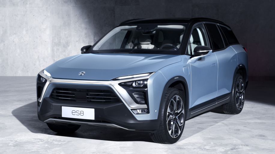 NIO delivers first ES8 crossovers to Chinese customers