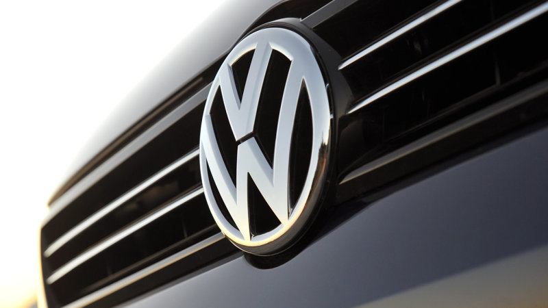 U.S. judge gives preliminary approval to $48m VW investor settlement