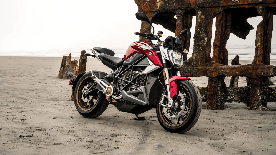 Zero SR/F electric streetfighter has 140 lb-ft and an awesome naked battery pack