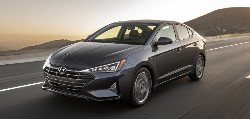 2020 Hyundai Elantra loses manual, gets better mileage and higher price