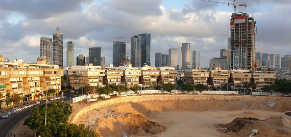 Tel Aviv to cut parking for new homes to deter cars