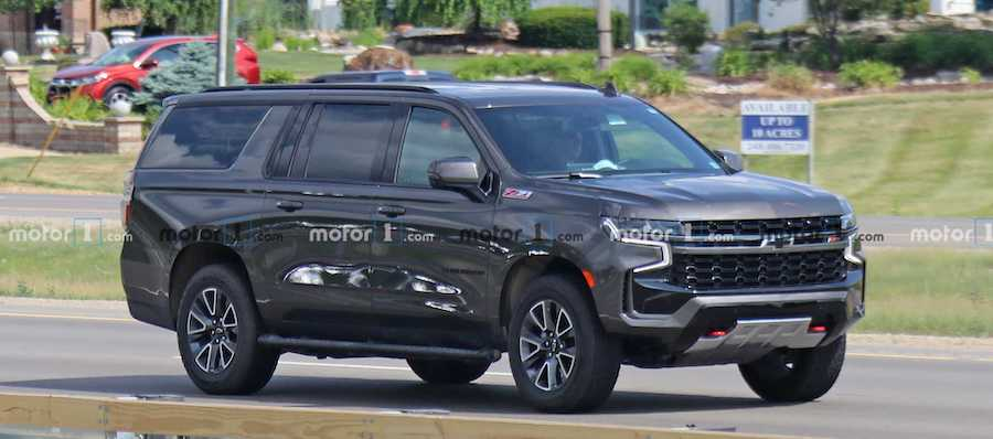 2021 Chevrolet Suburban Z71 Spied With No Camouflage