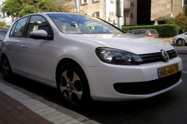 2011' Volkswagen Golf