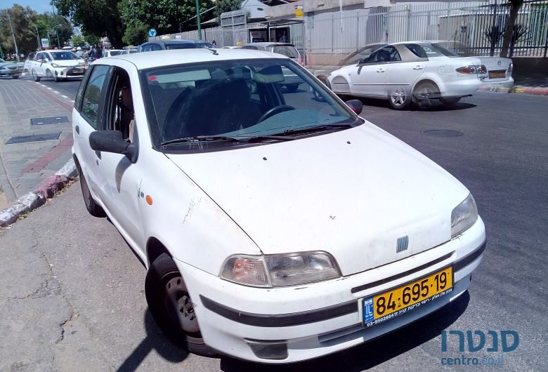 1996 39 fiat punto for sale price is negotiable holon israel. Black Bedroom Furniture Sets. Home Design Ideas